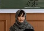 آکیه آبه: فکر می کنم زنان نباید مثل مردان کار کنند + فیلم مستند همسر نخست وزیر ژاپن